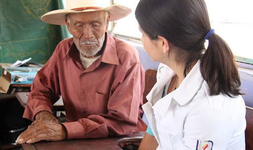 Inegi: 20% de adultos mayores carece de servicios de salud