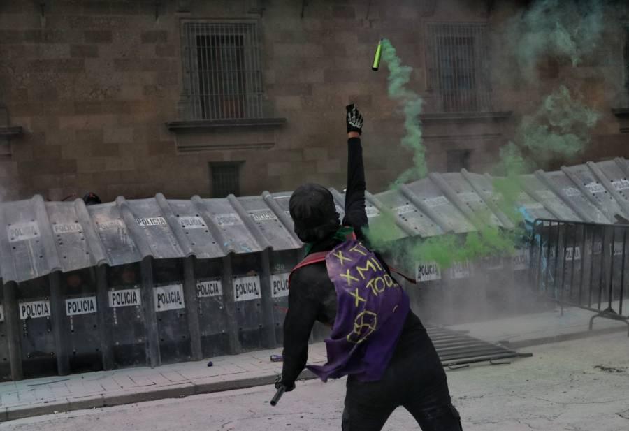 García Harfuch reporta 27 policías lesionadas en marcha proaborto