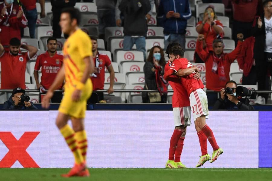 Benfica golea al Barcelona y deja a Koeman al borde del despido