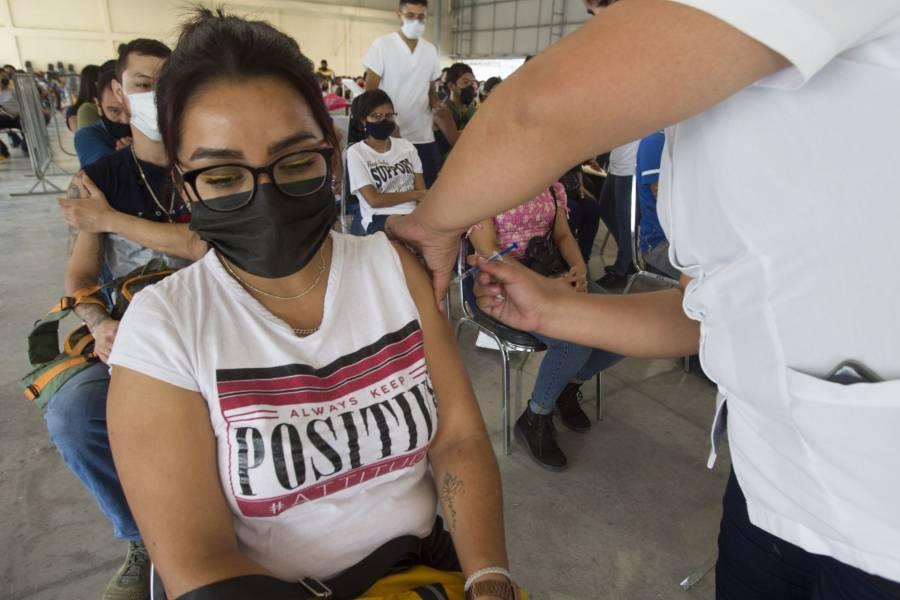 México supera los 100 millones de vacunas y suma más de 9 mil contagios de Covid
