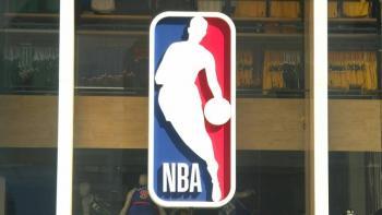 Advierte NBA que no pagará a jugadores sin vacuna contra el Covid-19