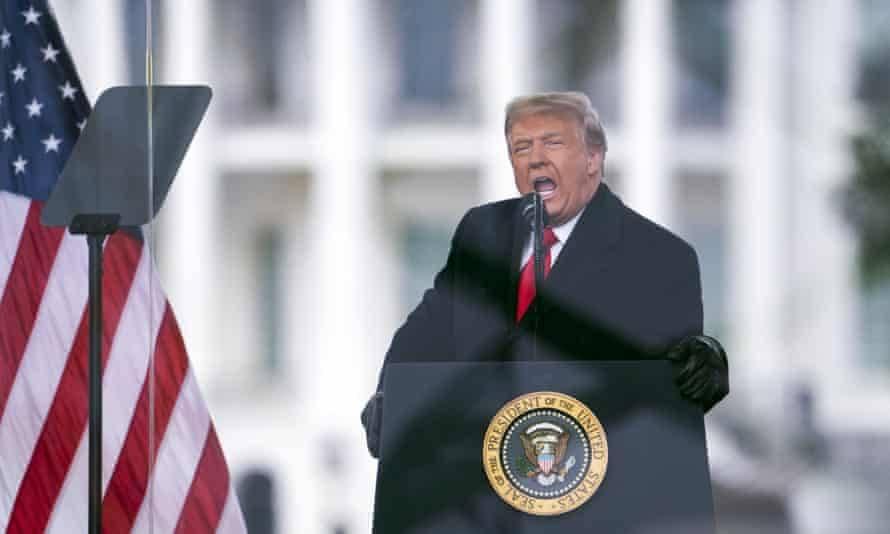 Donald Trump pide que reabran su cuenta de Twitter