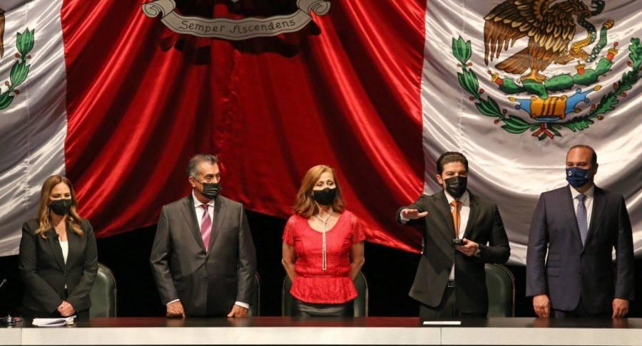 Samuel García rinde protesta como gobernador de Nuevo Léon