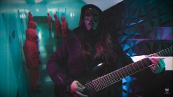 """Gus Calavera lanza """"El Juego del Calamar"""", un cover metalero inspirado en la famosa serie"""