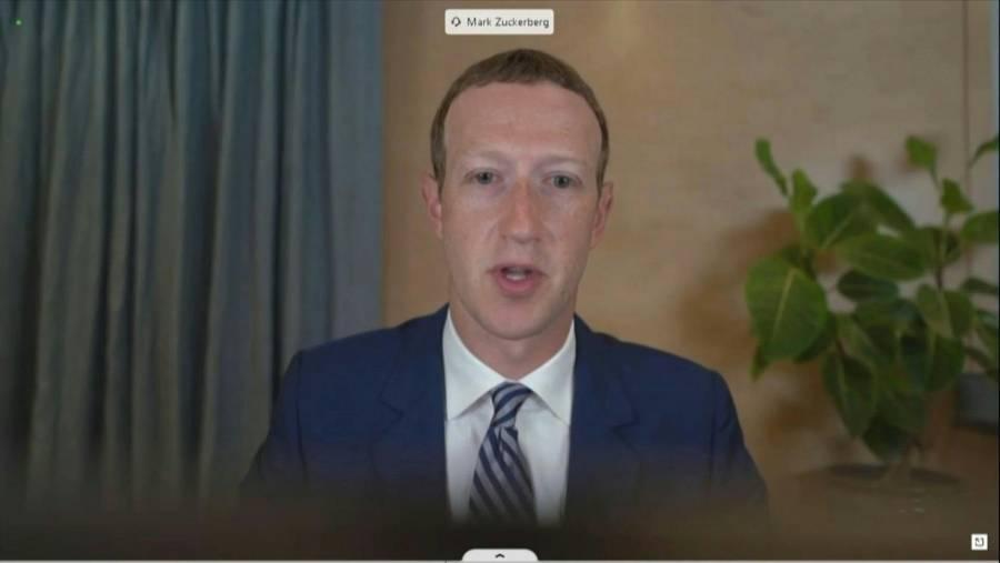 En medio de fallas, la fortuna de Mark Zuckerberg también cae