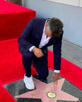 Cantante español Alejandro Sanz recibe su estrella en Hollywood