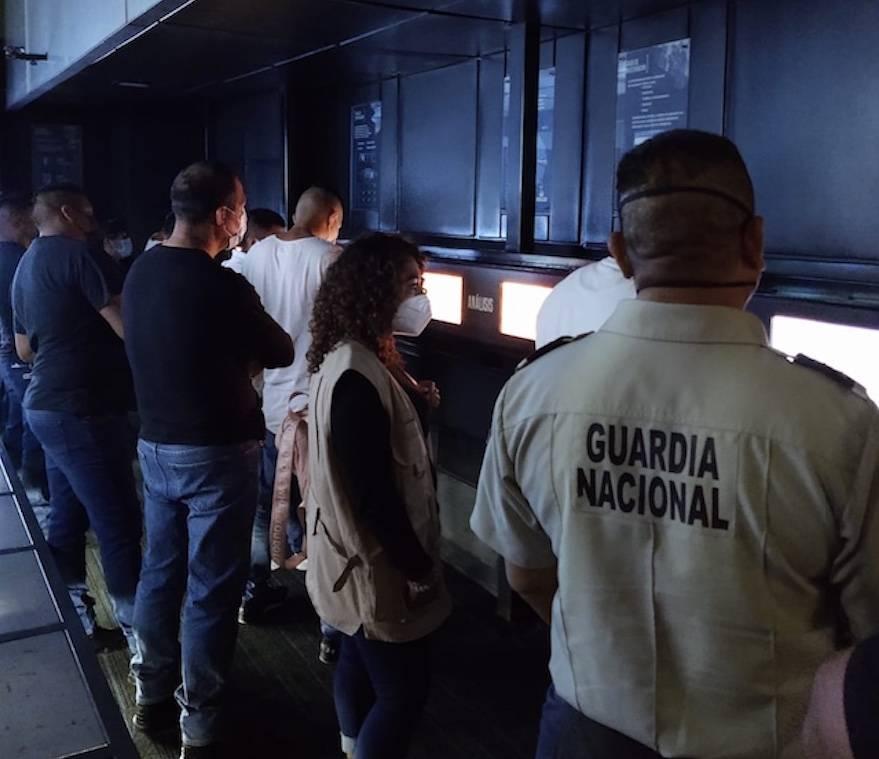 Adolescentes internos visitan museo interactivo de la Guardia Nacional