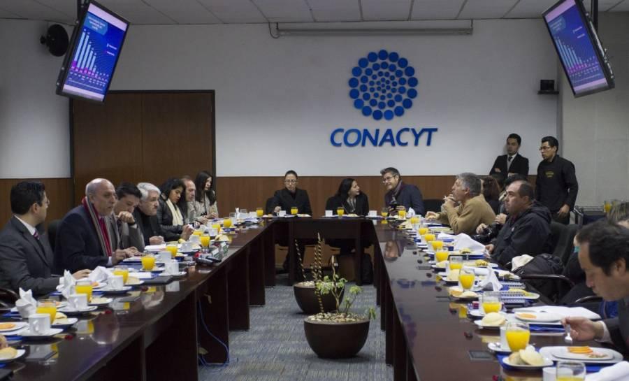 FGR suspende comparecencias a científicos del Conacyt por sospecha de Covid-19