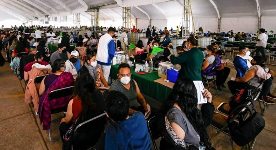 "Pandemia no estará ""domada"" en México pese a vacunación con una dosis: OPS"