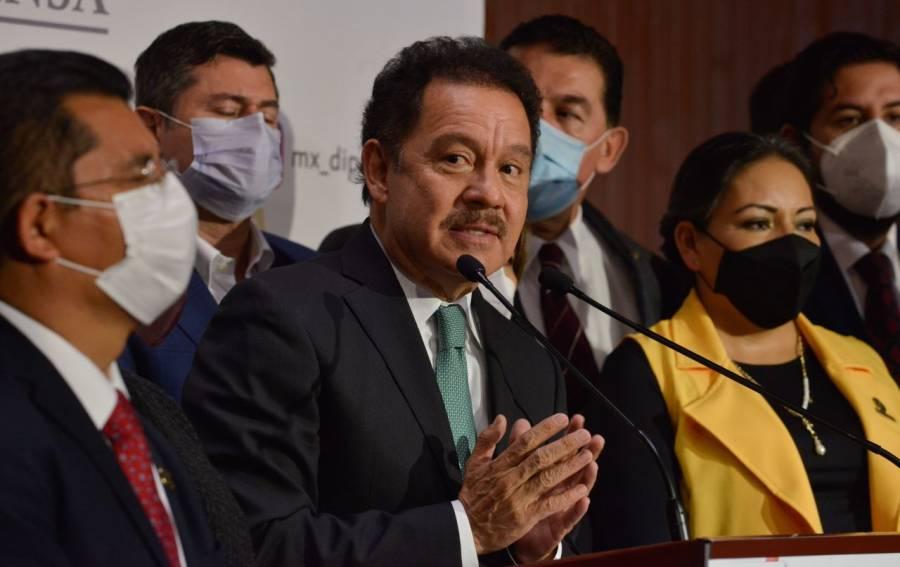 Indecisión del PRI en reforma amenaza a Va por México