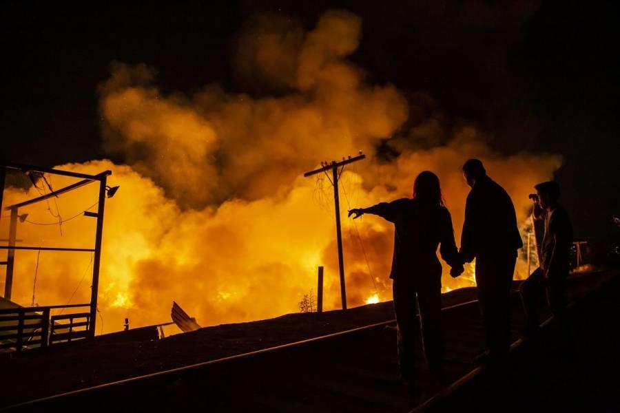 Incendio consume al menos 18 autobuses en San Luis Potosí