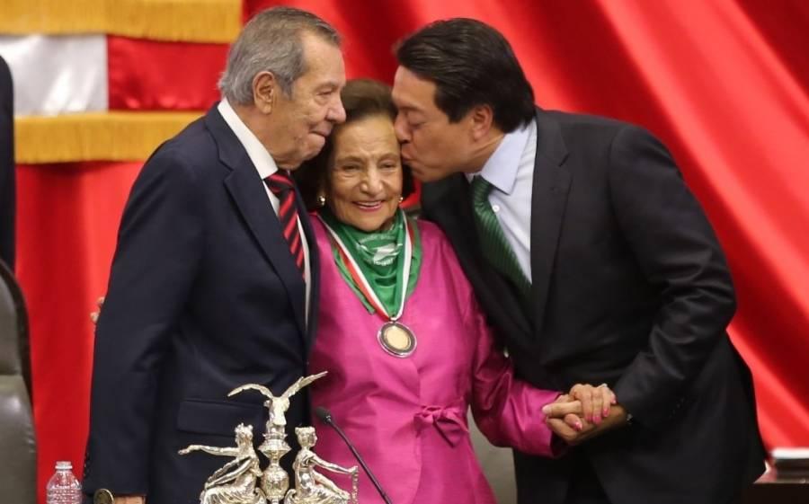 Ella es Ifigenia Martínez, quien recibirá la medalla Belisario Domínguez