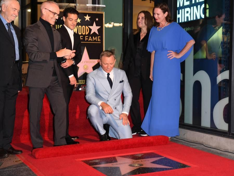 Durante la revelación de su estrella, Daniel Craig se despide de James Bond