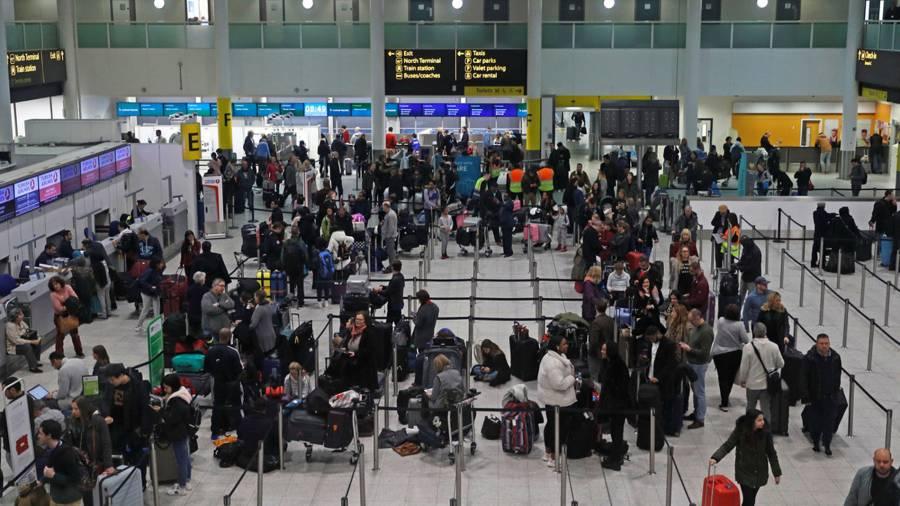 Reino Unido quita restricciones para viajar a México