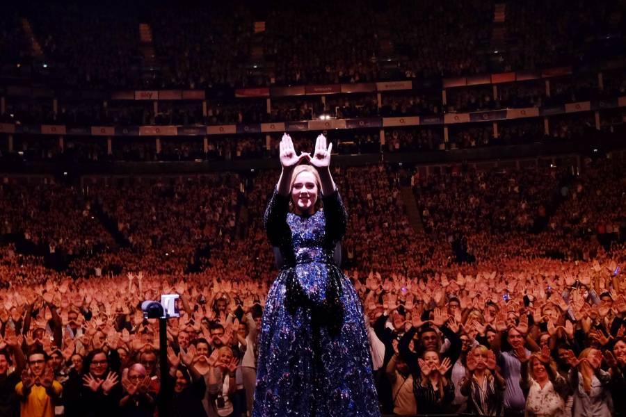 Adele rompe cinco años de silencio en una entrevista-confesión