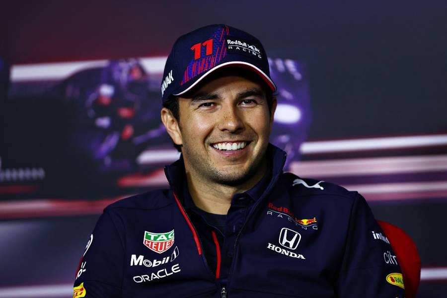 Checo Pérez logra entrar al podio en tercer lugar en el GP de Turquía