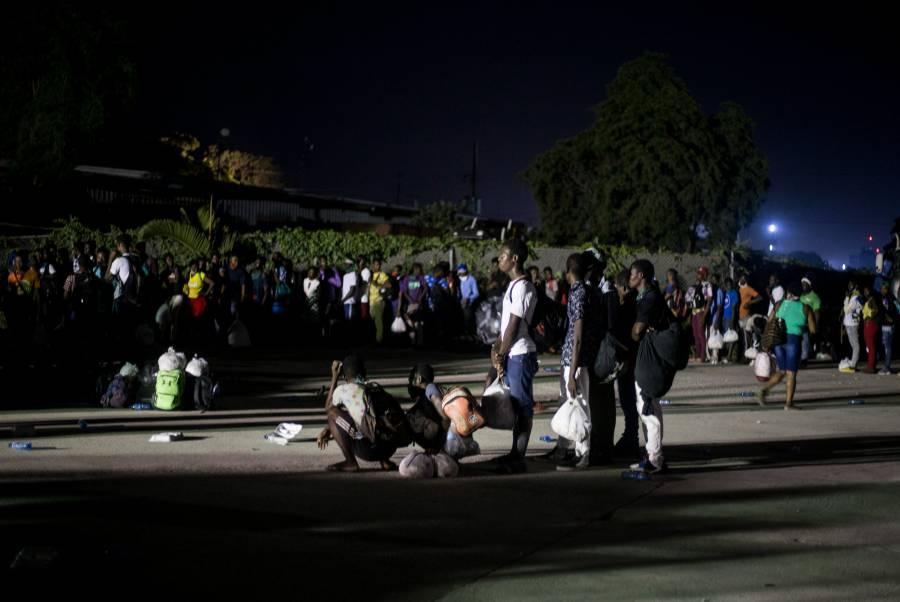 Cuba deportó a cientos de haitianos; la mayoría mujeres y niños