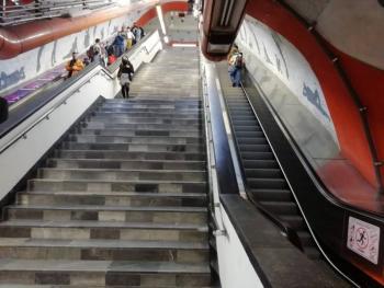 Historias en el Metro: Serpientes y escaleras