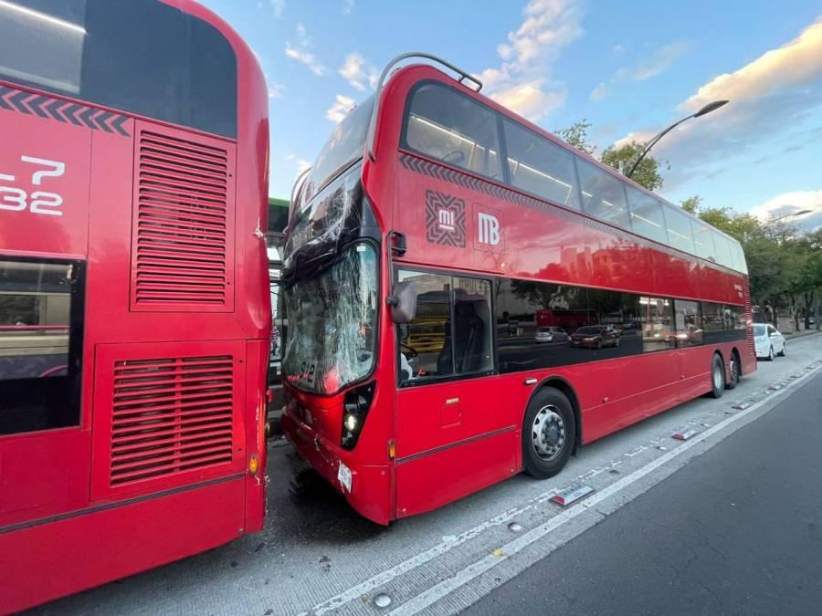 Chocan dos unidades del Metrobús en la Línea 7; hay 10 lesionados