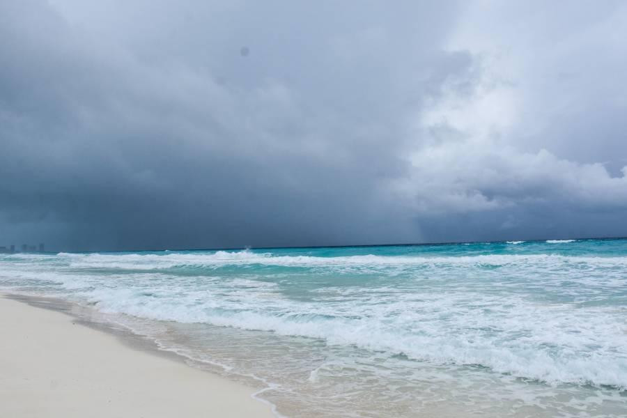 "En la noche, ""Pamela"" se convertirá en huracán: SMN"