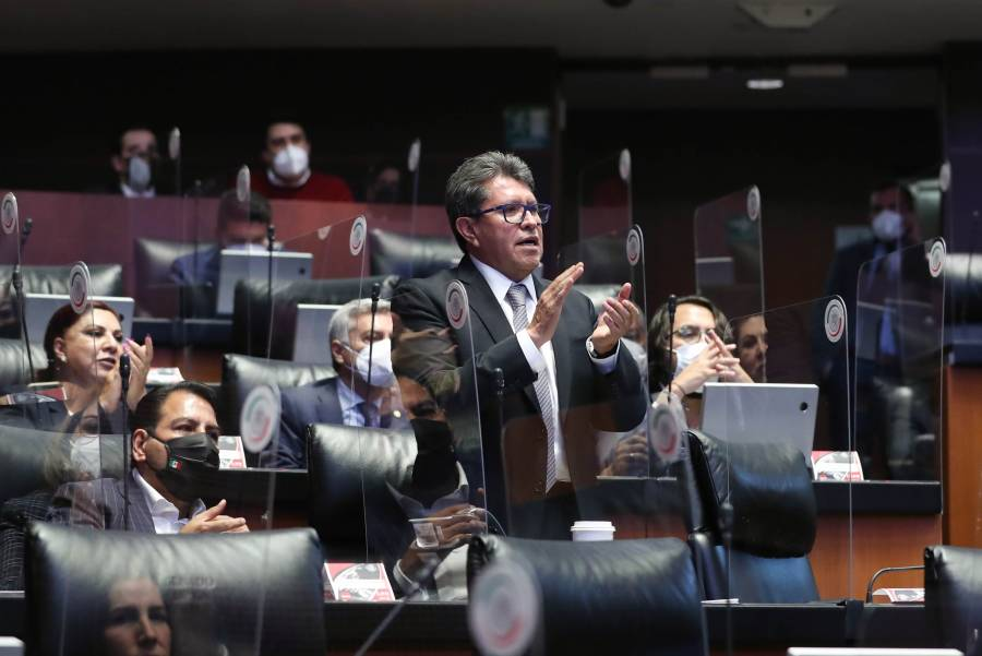 Senadores y diputados revisarán prioridades legislativas: Monreal