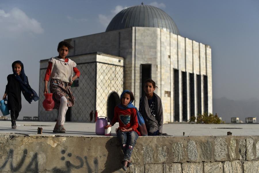 Pueden morir hasta un millón de niños en Afganistán por malnutrición aguda