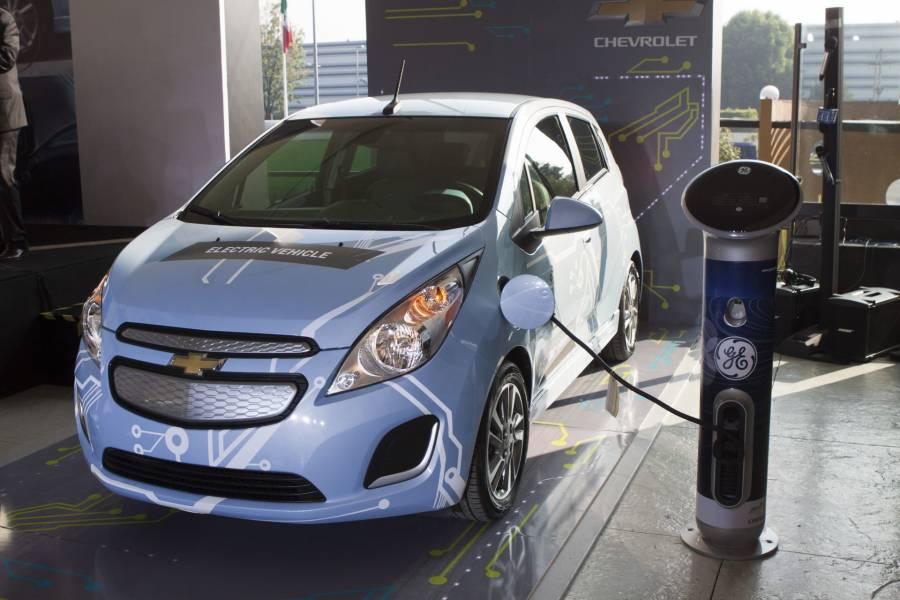 CFE: Reforma eléctrica ayudará al uso de autos eléctricos