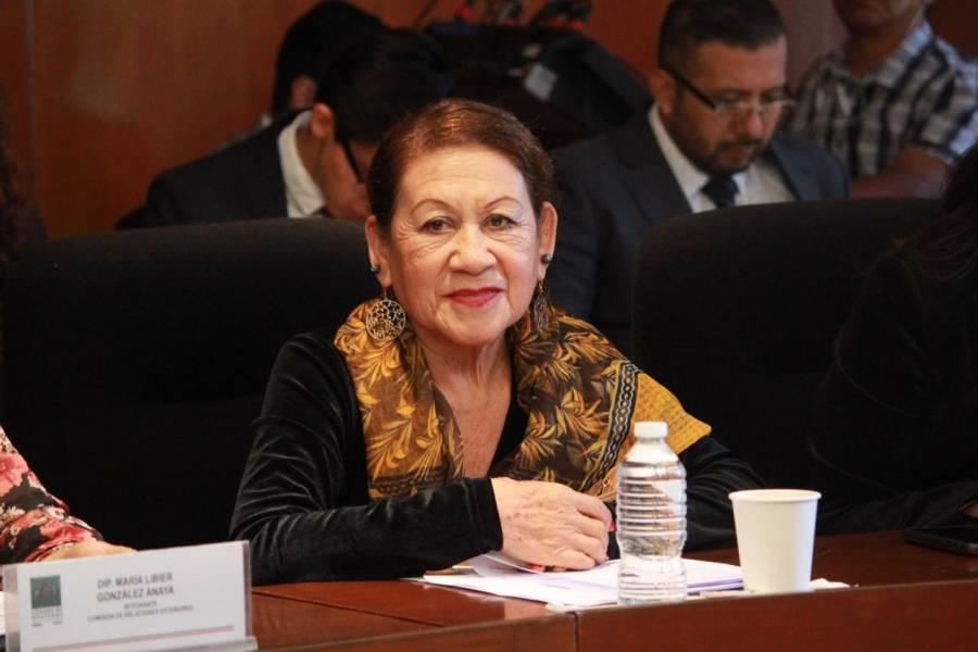 """Si quieren llevarse la osamenta de Cortés, adelante es toda suya"""", dice diputada del PT a Vox"""