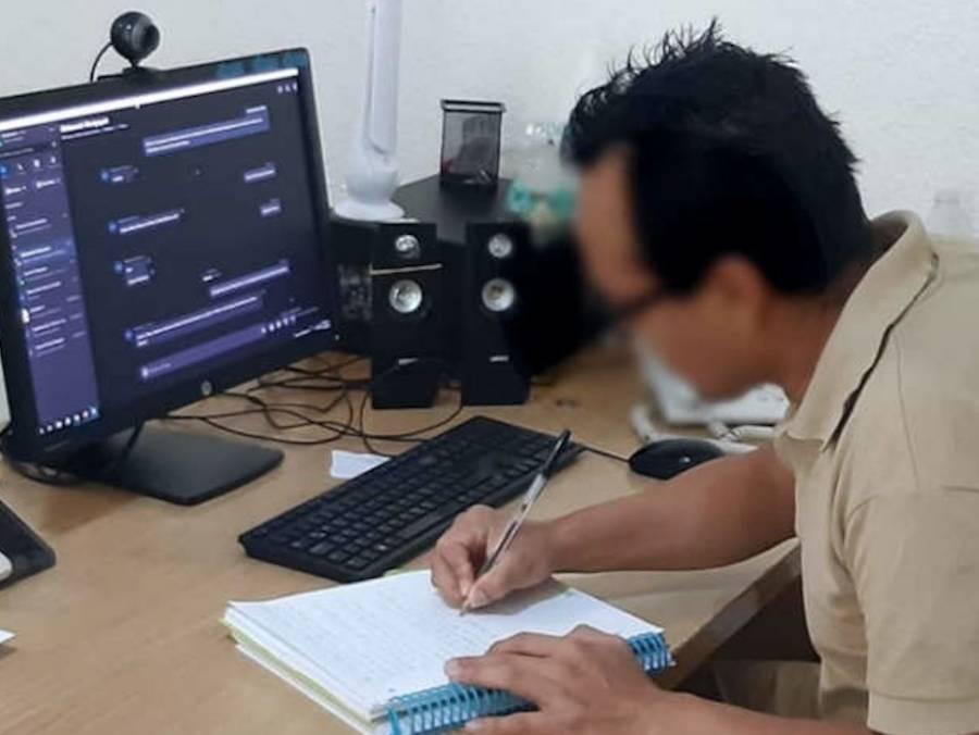 Interno del Reclusorio Sur presenta examen profesional como ingeniero por la UNAM