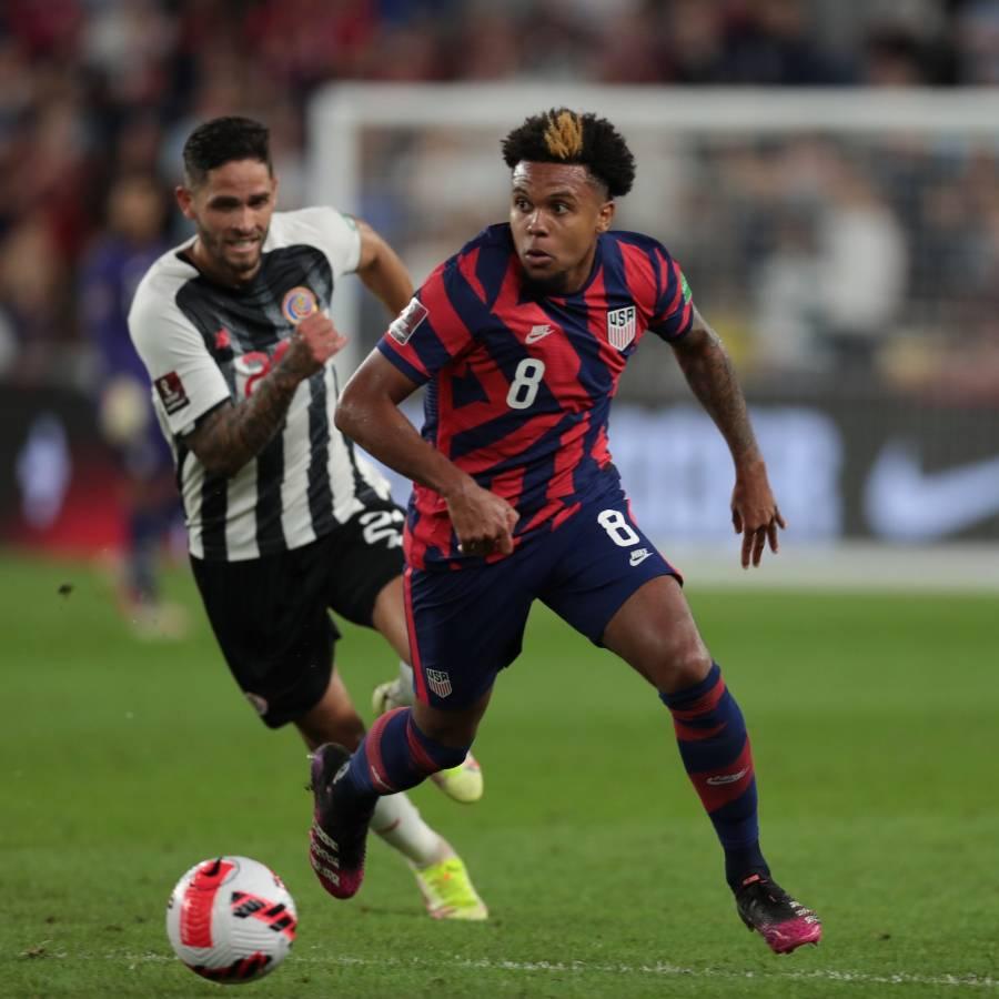 EEUU revive con triunfo 2-1 ante Costa Rica