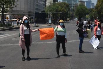 Maestros de Guerrero bloquean Paseo de la Reforma; exigen mejoras laborales