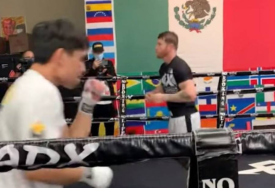 Canelo Álvarez le enseña los secretos del boxeo al hijo de Manny Pacquiao
