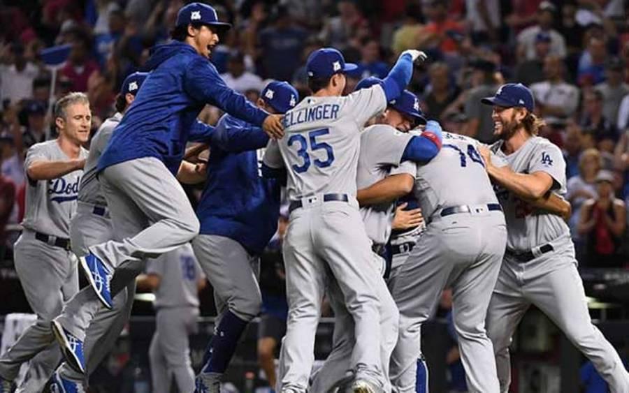 Dodgers eliminan a Gigantes en un cierre de infarto de la Serie Divisional