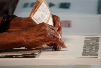 TEPJF ordena al INE implementar voto presencial de mexicanos en el extranjero