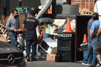 Desalojo de inmueble provoca trifulca en la colonia Juárez de la CDMX