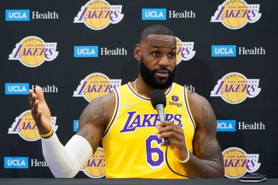 Para los Lakers más veteranos, el anillo de la NBA no puede esperar