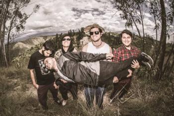 La banda ecuatoriana Don Bolo lanza