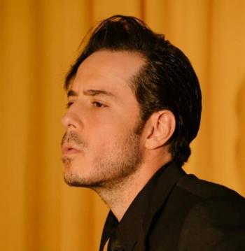 Jose Madero presenta