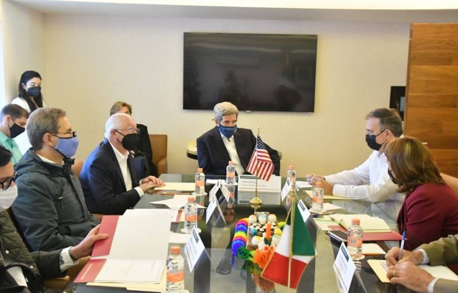 Marcelo Ebrard y John Kerry se reúnen para abordar tema de Sembrando Vida en Centroamérica