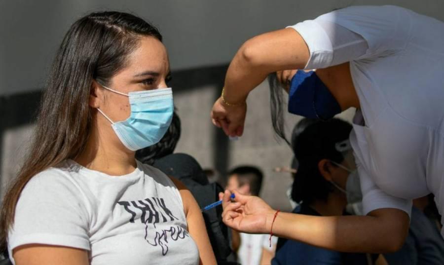 Inicia vacunación a menores de 12 a 17 años con comorbilidades en Chiapas