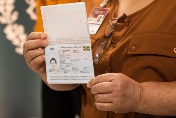 Morena va por alza en precio de pasaportes, museos…