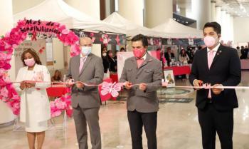 Inaugura IMSS Feria de la Salud: promoverá acciones contra el cáncer de mama