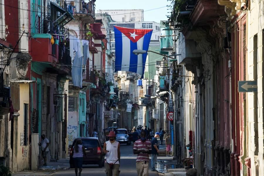 En noviembre, Cuba elimina restricciones Covid a viajeros extranjeros