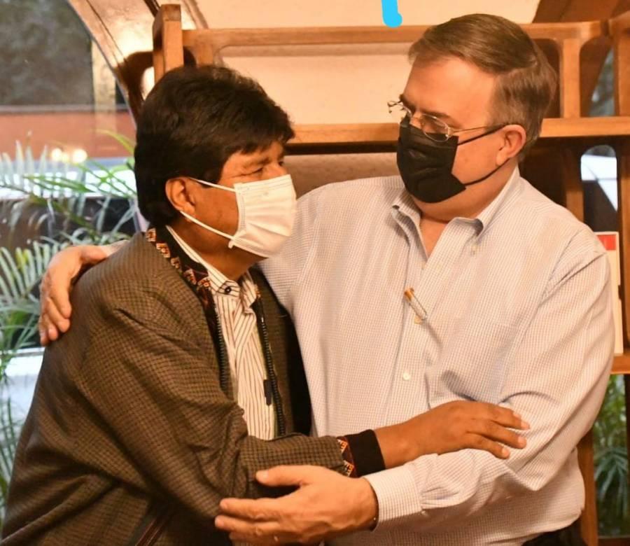 Evo Morales llega a México; participará en seminario del PT
