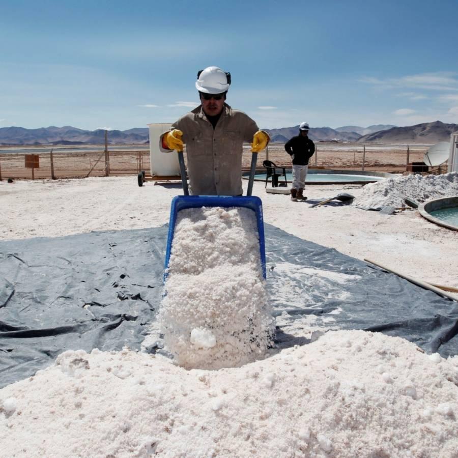 Invertirá Economía en exploración del litio