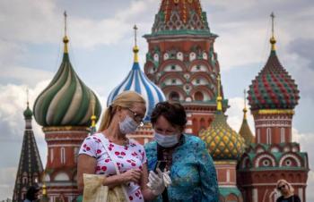 Rusia decreta semana no laborable debido al incremento de contagios por Covid-19
