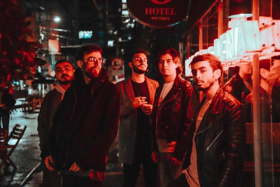 """Royals lanza """"Fuego"""", el sonido del rock latino moderno"""