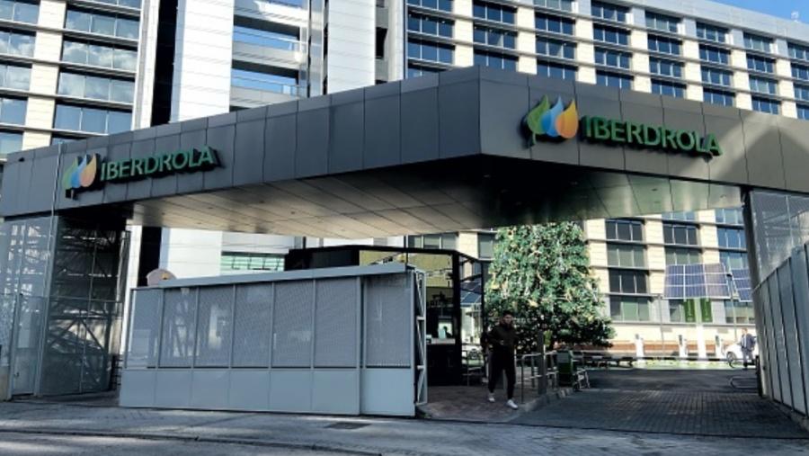 Iberdrola ofrece congelar costo de luz si gobierno español no impone impuestos