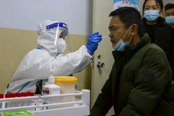 Vuelos cancelados y escuelas cerradas por nuevo brote de Covid-19 en China