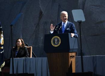 Biden acusa a republicanos de Trump de ser supremacistas blancos